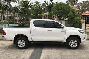 렌터카 NEW Toyota Hilux (17-18) - photo 3